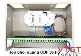 Hộp phối quang ODF 96Fo trong nhà gắn rack.